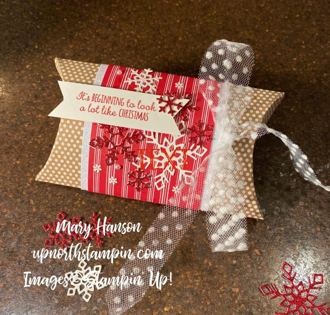 Kraft Pillow Box 3 - Merry Moose - Christmas Layers D